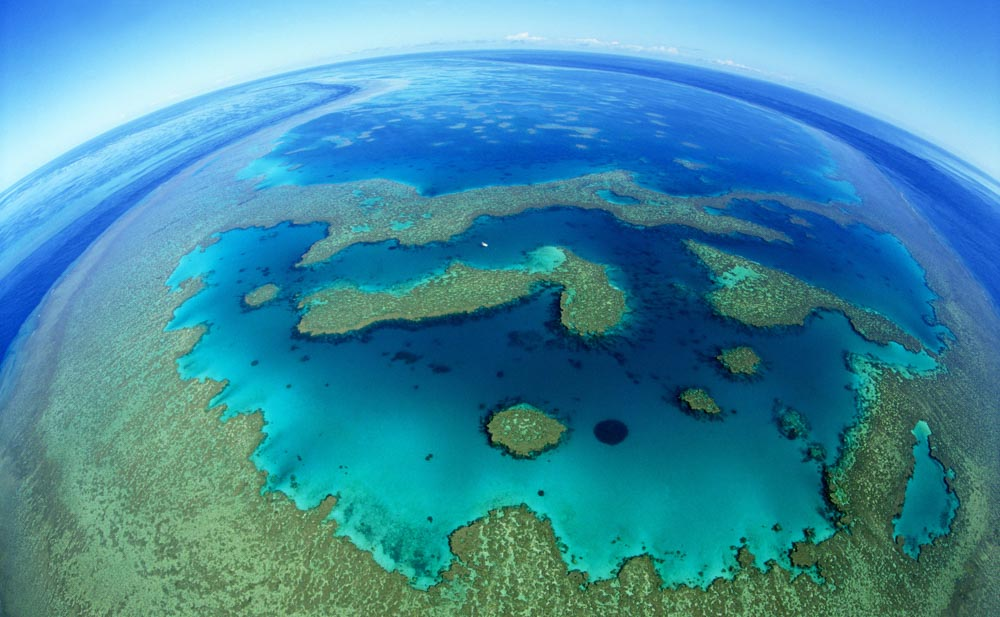 Fish-eye aerial view of Hardy Reef, Great Barrier Reef © Viewfinder Australia Photo Library