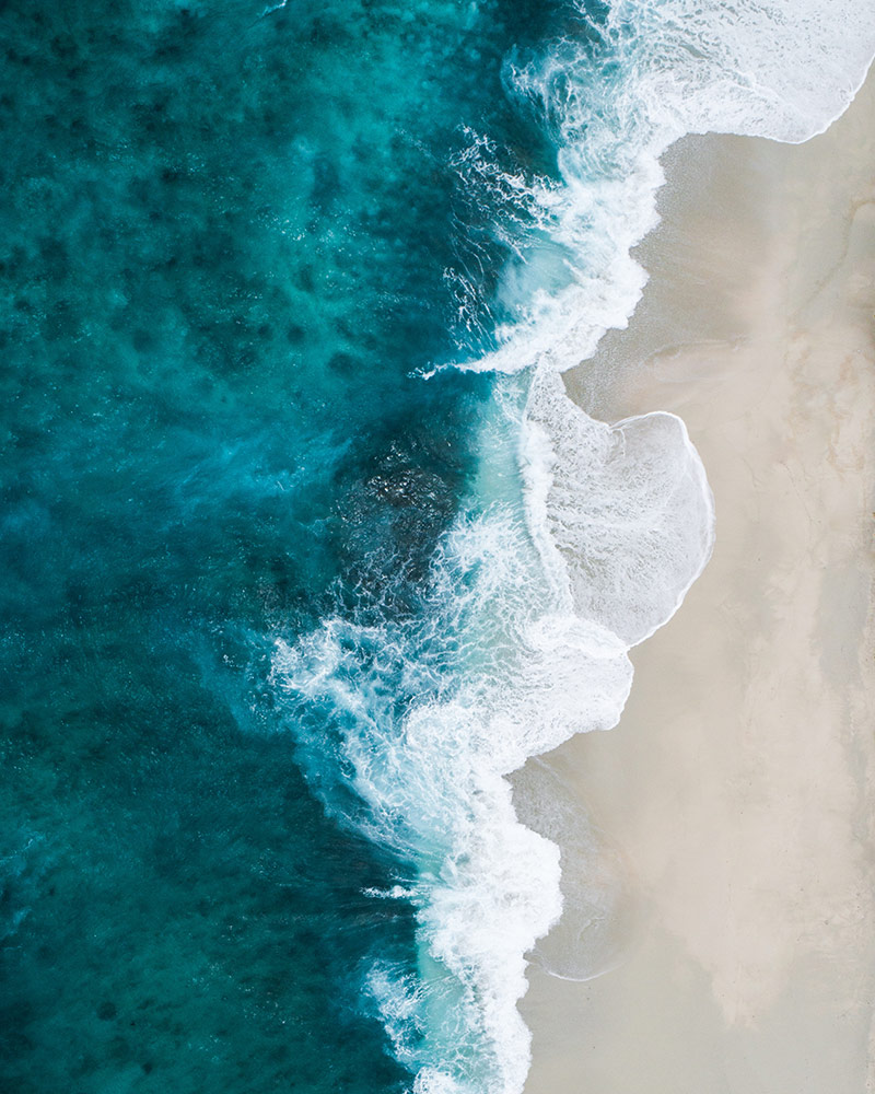 Aerial over Fuvahmulah, Island in the Maldives by Shifaaz Shamoon / Unsplash