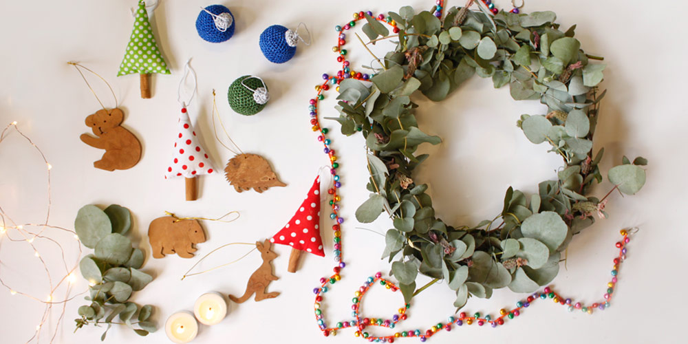 Sustainable Christmas decorations flat lay © WWF-Aus / Stef Mercurio