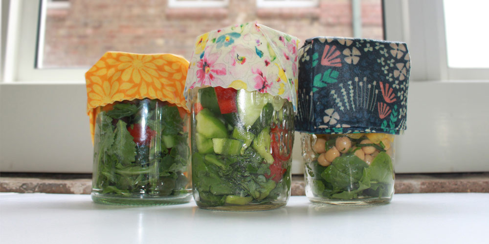 Christmas left over jars with beeswax wraps © WWF-Aus / Stef Mercurio