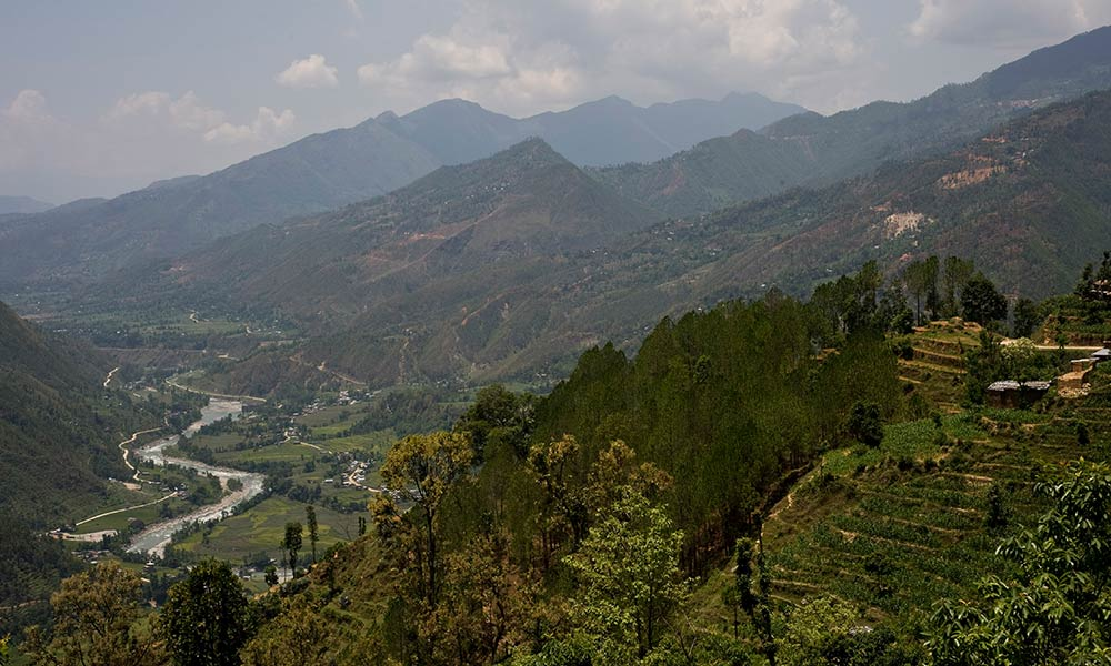 Landscape view of the Langtang National Park © Simon de Trey-White / WWF-UK