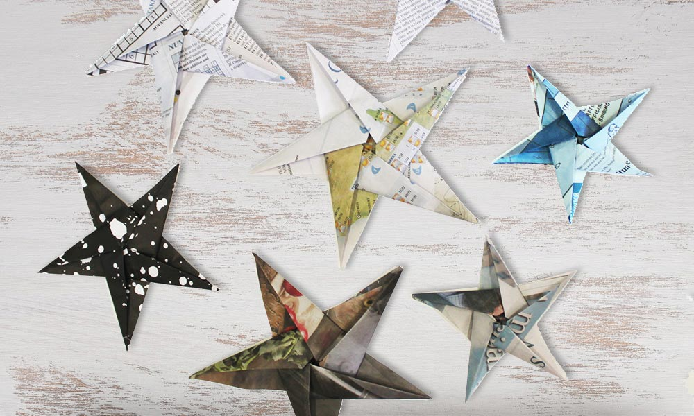 Origami stars for Christmas decorations © WWF-Aus / Stef Mercurio