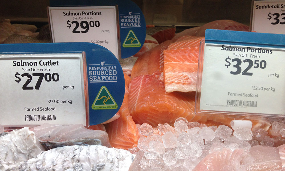 Seafood counter at Coles supermarket © Nicky Robinson / WWF-Aus