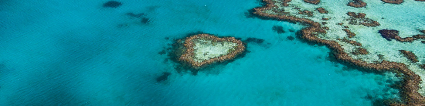 Aerial view of Hardy Reef, home to the Heart Reef, Great Barrier Reef  © WWF-Aus / Christian Miller
